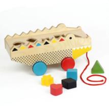 Petit Collage 100% organikus fejlesztő fa húzójáték és formajáték egyben, krokodil